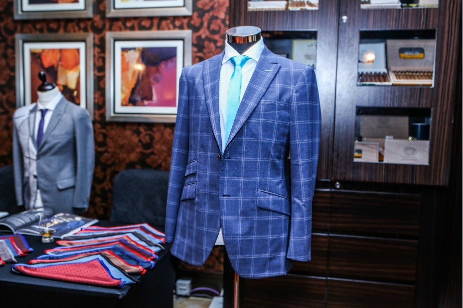 Custom Tailored Blazer- A sartorial chameleon embracing diverse uses and aesthetics